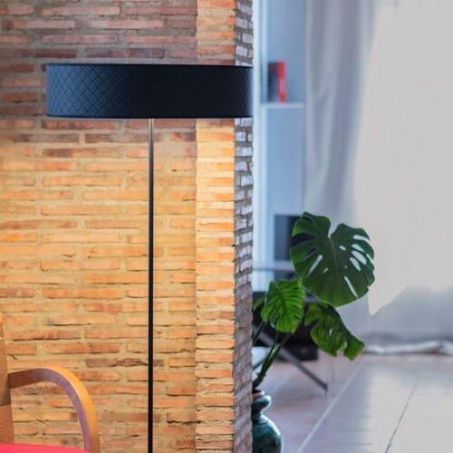 Bulb Attack Trece Slim 1/F czarna lampa podłogowa